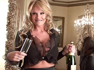 Kelly Madison is an elegant blonde enjoying her tight cunt
