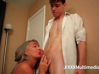 Older performance mother plumbs youthful sonny - Leilani Lei
