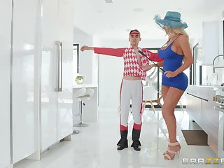 Nicolette Shea is being screwed and pleased by a man Jordi