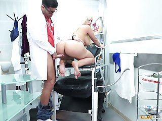 Mouth watering curvy blonde Blondie Fesser is fucked by perverted gynecologist