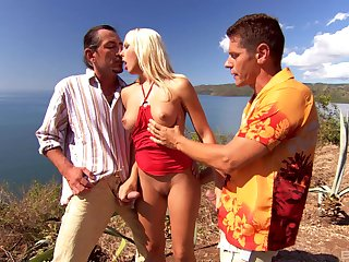 Diana Gold enjoys double penetration with her friends at the beach