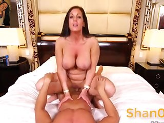 Pleasing Latina Mommy Lady - mature