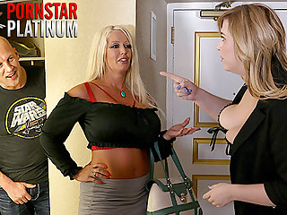 housewives Alura Jenson and Lila Lovely getting laid a fan