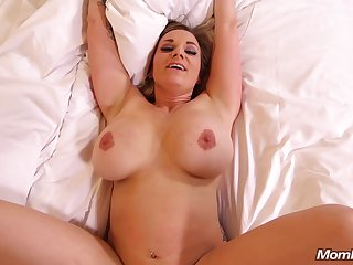 Mating With Bosomy Housewife -cougar POV sex