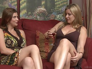 Big boobs blonde pornstar having sex with amateur brunette babe