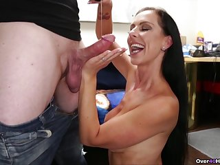Good looking mature pornstar loves to tease and pleasure her man