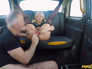 Cab driver smashes married woman's cunt