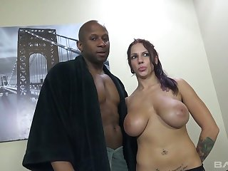 Full natural bosomy hooker Lilith Lavey gets her mouth and twat blacked