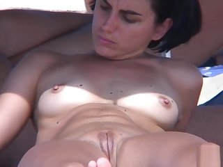 Big Pussy Lips Nudist Milfs Tanning Naked BEach Voyeur Video