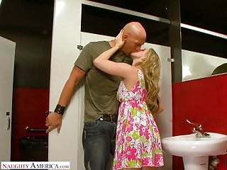 Crazy quickie with naughty blonde Sunny Lane in a public restroom